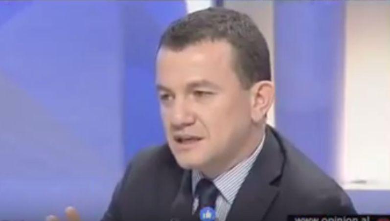 Mosdekretimi, Buzhala: Rama mund ti kerkojë falje Batonit jo Kosovës