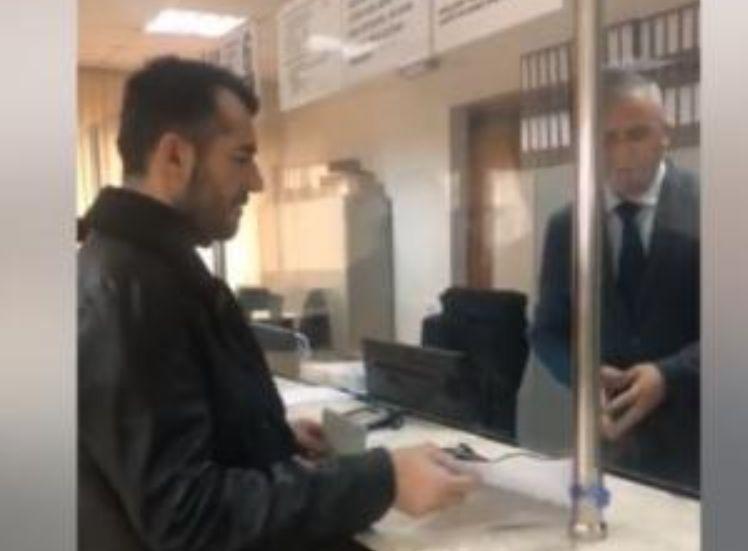 E papritur, deputeti shqiptar dorëzon pasaportën diplomatike
