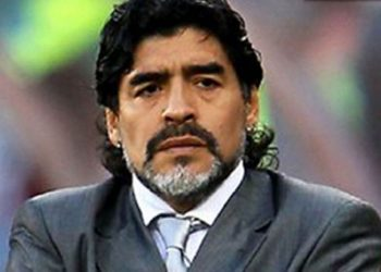 Rëndohet gjendja, Maradona përfundon në sallën e operacionit
