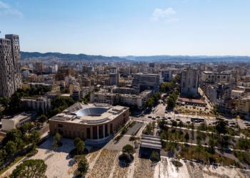 LISTA/ Çmimet e larta të apartamenteve në Tiranë: Njerëzit po ikin, kush do t'i blejë? (FOTO)