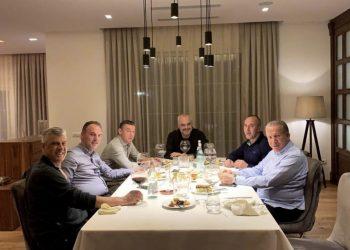 Veseli tregon arsyen e darkës së mbrëmshme në shtëpinë e Thaçit