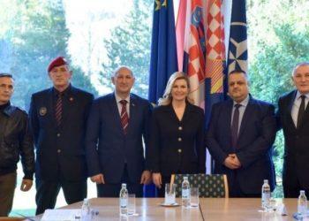 Presidentja kroate pret veteranët shqiptarë. Meta: Forcuan miqësinë historike