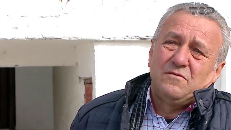 Kryefamiljari nga Elbasani përlotet: Ja përse shkoj në protestën e opozitës (VIDEO)