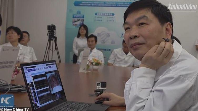 Kirurgu kinez çudibërës, realizon operacion mijëra kilometra larg pacientit përmes 5G