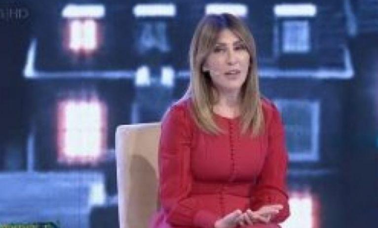 Majlinda Bregu thumbon Bashën  Për t u bërë kryeministër nuk mjafton dëshira