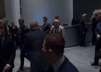 Rama tregon 'puthjen e lamtumirës', që mori nga Merkel e Macron (VIDEO)