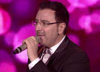 Tregon dëshirën e fundit të babait, Pirro Çako përlotet live në emision