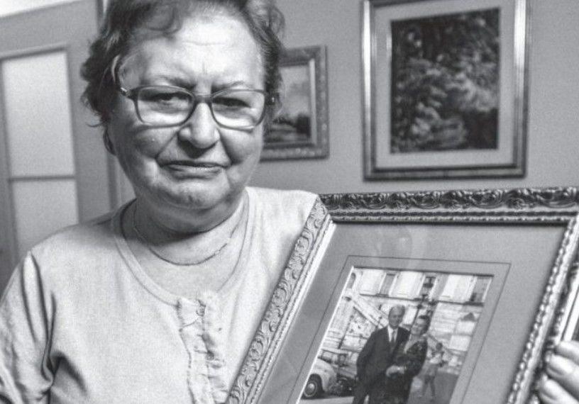 Historia e trishtë e Valbonës gjatë internimit: U ndava me prindërit kur isha 1 muajshe, e ritakova babain pas 47 vitesh