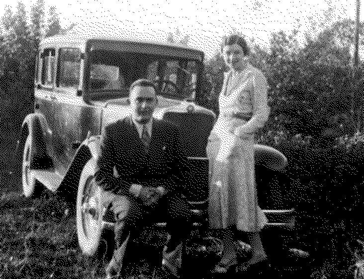 """Si u hakmor Enver Hoxha ndaj italianes që nuk ia """"vari"""": I burgosi burrin, i biri kërkon eshtrat e babait (FOTO)"""