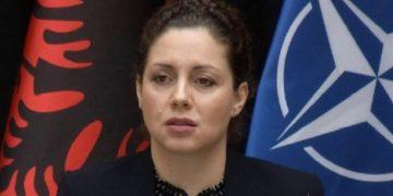 Përlotet ministrja Xhaçka: Zarifja, një nga efektivet më të mira, që vështira ta zëvendësojmë