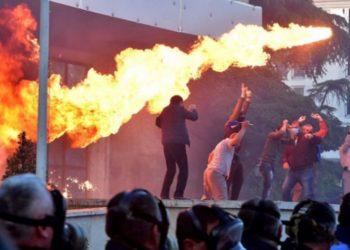 Opozita ndryshon skenarin në orën e fundit për protestën e sotme
