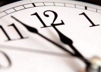Pse ora është e ndarë në 60 minuta dhe pse minutat janë të ndarë në 60 sekonda?
