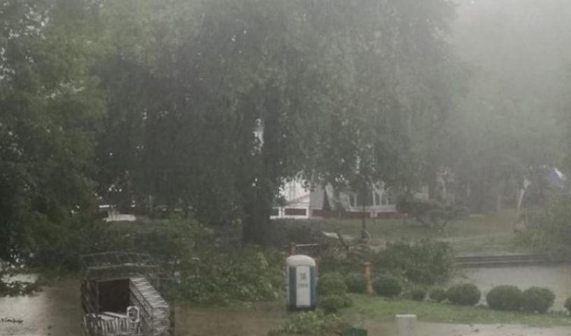 Stuhia 'Andrea' pritet të godasë Maqedoninë e Veriut, Shkupi në gatishmëri