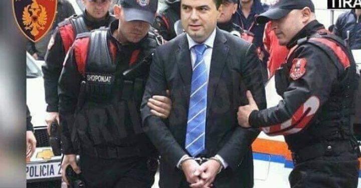 Humori në rrjet: Zonja dhe zotërinj fillojmë me lajmet e ditës, arrestohet Lulzim Basha