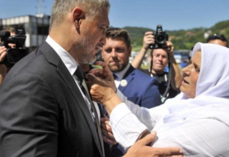 Jovanoviç: Të turpërohemi nga Srebrenica, politikanët të pranojnë fajin
