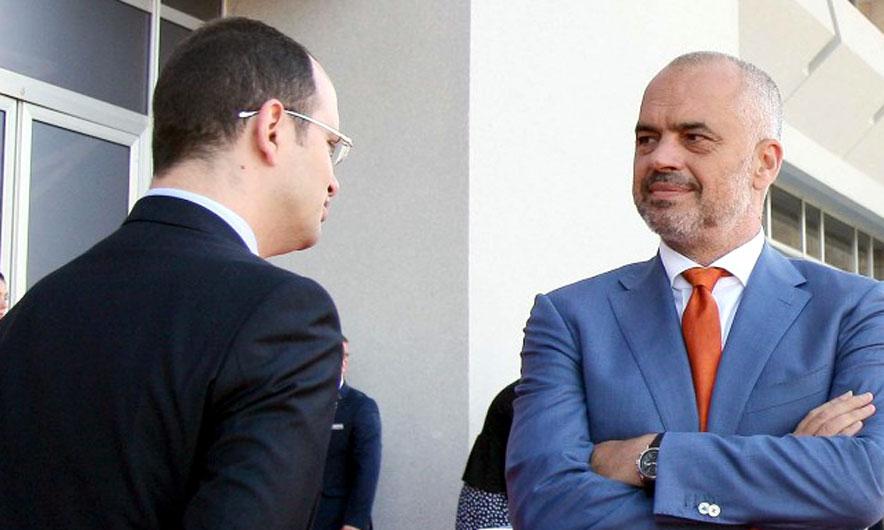 Ndryshimet në PS, Rama i heq Bushatit Shkodrën, Lleshaj në Lezhë, preken edhe sekretariatet