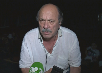 """""""Im atë s'më ka dhënë asnjë shpullë, policia më tërhoqi zvarrë"""", flet për 'Top Talk' regjisori Budina"""