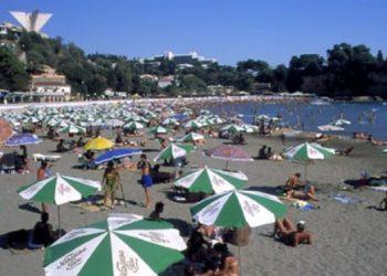 Rama: Për 20 ditë, në Shqipëri hynë 1 milion turistë