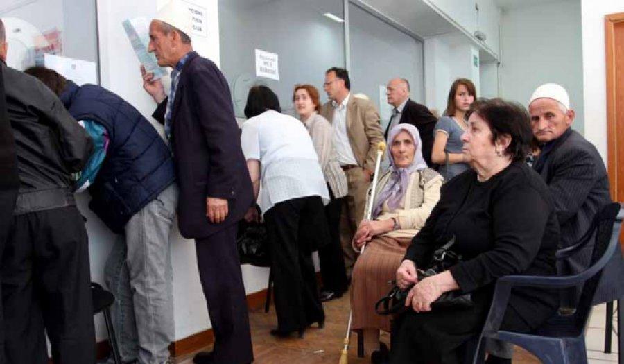 Rritet mosha e daljes në pension në Shqipëri