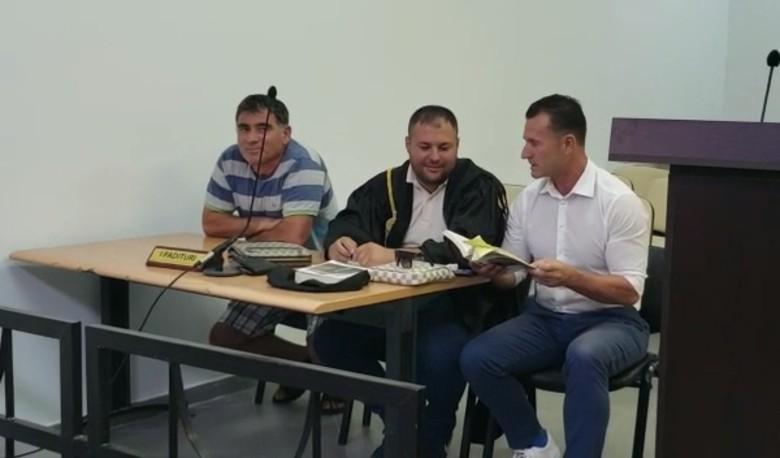 """I shembën resortin pa leje në Porto Palermo, Mihal Kokëdhima sot pësoi një tjetër """"goditje"""""""