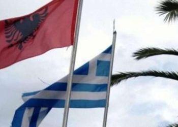"""Si po e """"pushtojnë"""" shqiptarët Greqinë"""