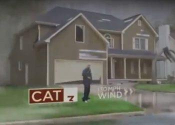 Pamje që tregojnë se si një uragan i kategorisë së pestë shkatërron gjithçka para vetes (VIDEO)