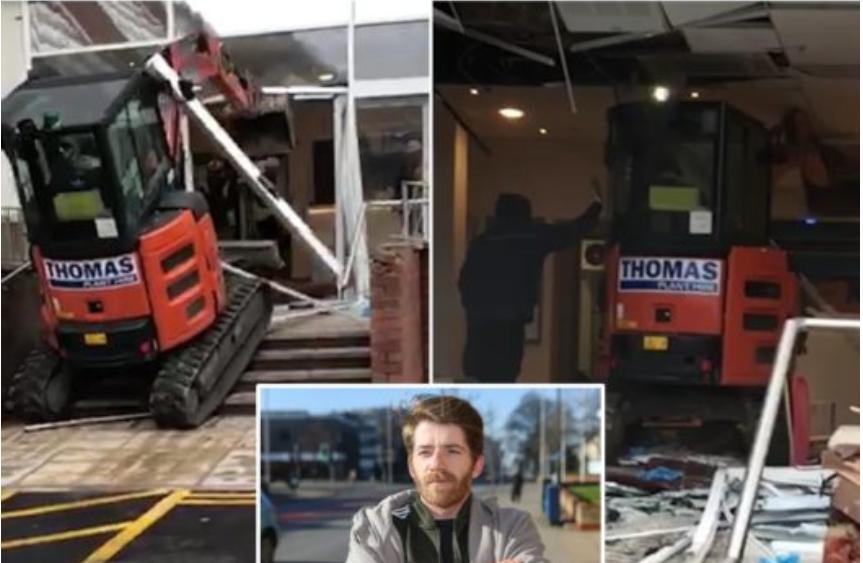 Nuk e paguan për punën, punonjësi i hotelit u shkon me ekskavator dhe shkatërron ndërtesën (VIDEO)