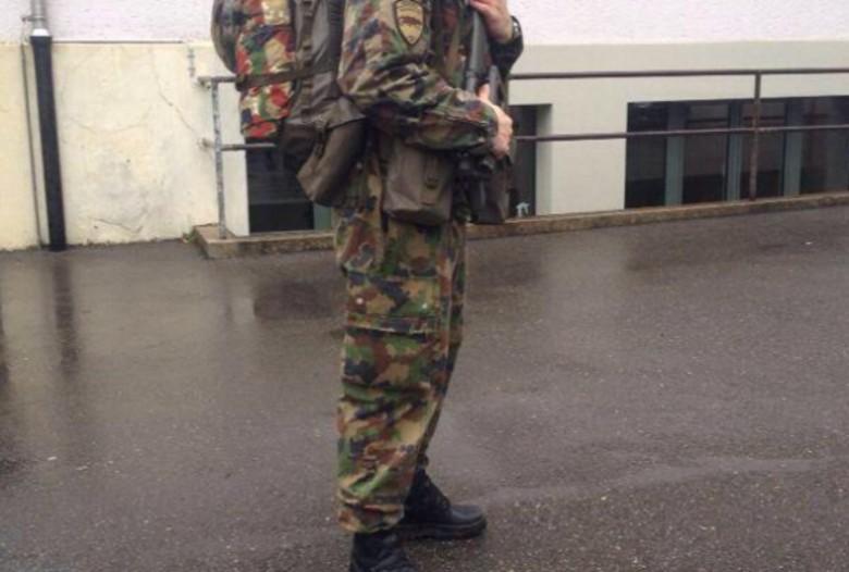 Rreth 2 mijë shqiptarë në Ushtrinë e Zvicrës
