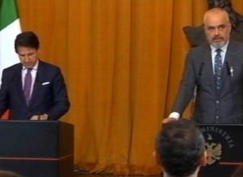 Befason kryeministri italian: Do doja të mësoja gjuhën shqipe