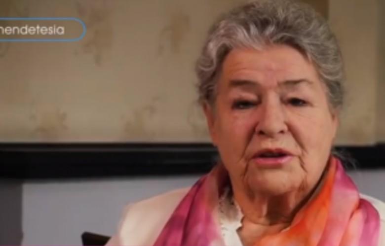 """""""Kur sëmuret nëna, sëmuret e gjithë shtëpia"""", ikona Margarita Xhepa i bën thirrjen e fortë grave shqiptare (VIDEO)"""