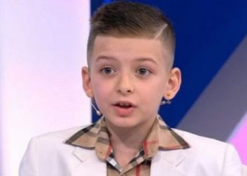 Njihuni me 9-vjeçarin shqiptar që di të gjithë historinë e botës (VIDEO)
