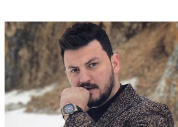 """""""Babai nuk më besonte"""", aktori i njohur shqiptar tregon sa fiton nga filmat dhe gjënë e parë që ka blerë me ato para"""