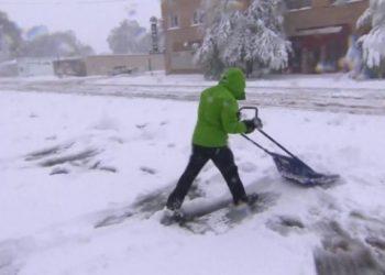 Erdhi dimri në Europë, borë, ngrica dhe acar (VIDEO)