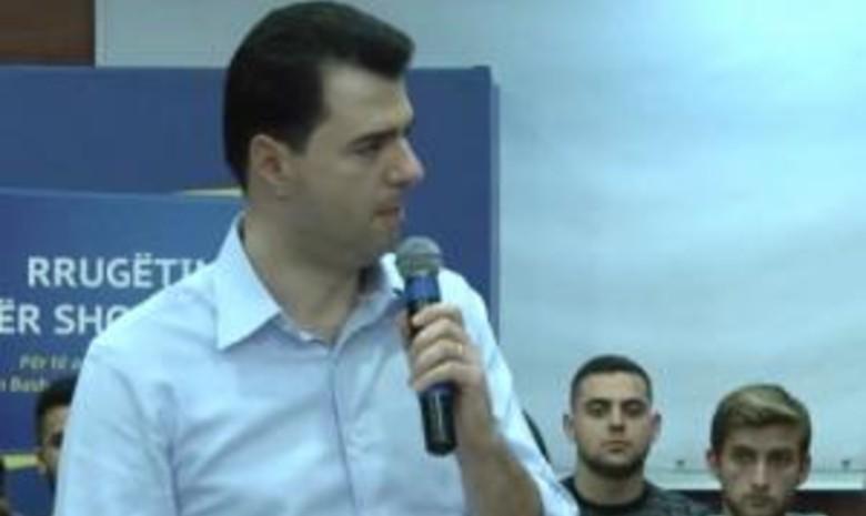 Basha 'hap thesin' e premtimeve, zotohet para studentëve: Bursa falas për të rinjtë me të ardhura të ulëta
