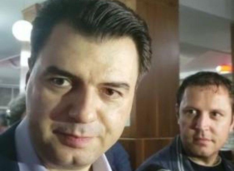 Lulzim Basha paralajmëron zhvillime të reja në politikën shqiptare: Do ndodhë së shpejti