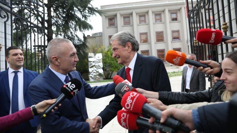 Berisha pas takimit me Metën: Presidenti vetëm po mbron kushtetutën
