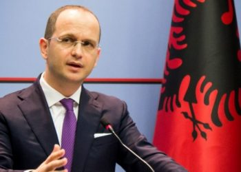 """""""Uroj që 2020 të na gjejë me mendje të ftohtë"""", Ditmir Bushati jep mesazhin e fortë: Me më shumë bashkëpunim politik"""