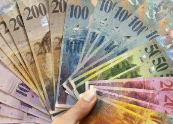 Ja sa janë të ardhurat mesatare për një familje zviceriane në muaj
