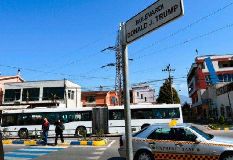 The Guardian: Njihuni me qytetin shqiptar që u ndërtua nga njerëzit