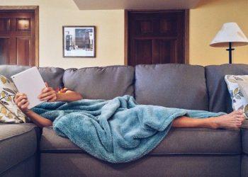 Çka bëjnë njerëzit e suksesshëm çdo natë para se të bien në gjumë?