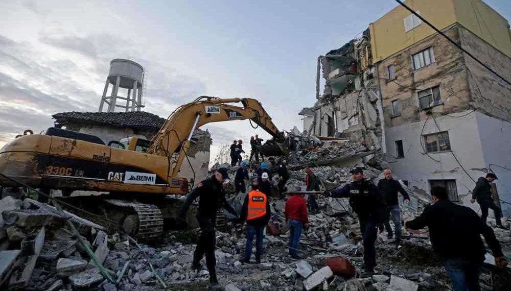 Komuniteti Mysliman i Shqipërisë aksion për grumbullimin e ndihmave për familjet e prekura nga tërmeti, ja se si mund të ndihmoni