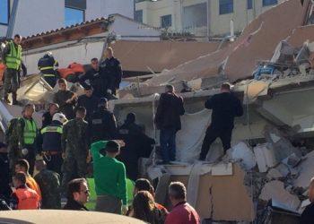 """Kosova pas ndihmës me trupa dhe 500 mijë eurove, shpall edhe """"ditë zie"""" për Shqipërinë"""