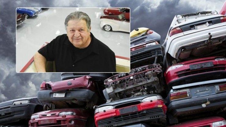Shiti shtëpinë për të filluar biznesin, si u bë miliarder duke shit-blerë makina të aksidentuara