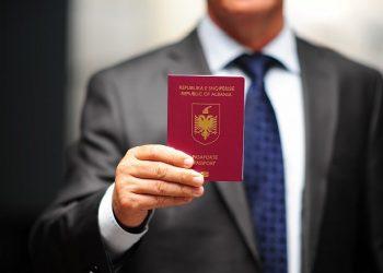 Nënshkruhet marrëveshja mes dy palëve, tani shqiptarët mund të udhëtojnë pa viza edhe drejt këtij shteti