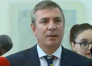 Nisin problemet me reformën zgjedhore, opozita bojkoton komisionin, ndërkombëtarët lobime që PS dhe PD të bëhen bashkë në janar
