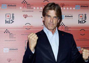 Ndihmat për të prekurit nga tërmeti, listës së gjatë të donatorëve i bashkohet edhe aktori i njohur amerikan