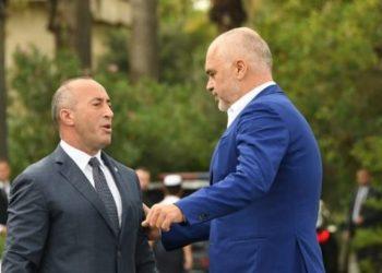 """Taksa në 'Rrugën e Kombit', Haradinaj """"thumbon"""" sërish Ramën: Ajo gjobit Kosovën me 13 milionë euro në vit"""