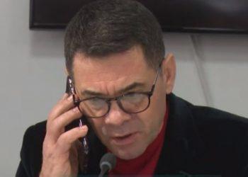 """""""Jam në komision, të marr më vonë""""! U emërua ministër, ja reagimi """"epik"""" që bëri Ahmetaj (VIDEO)"""