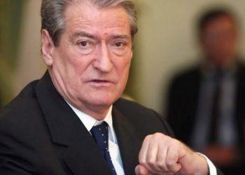 """""""Të ngrihemi dhe të mposhtim këtë regjim"""", Sali Berisha mesazh të fortë për shqiptarët (VIDEO)"""