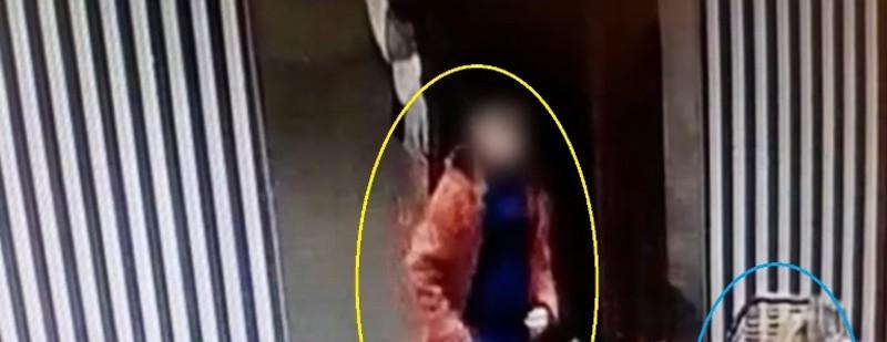 Shikoni sesi nëna mëson djalin e saj të mitur si të vjedhë celularin në lokalin në Tiranë (VIDEO)